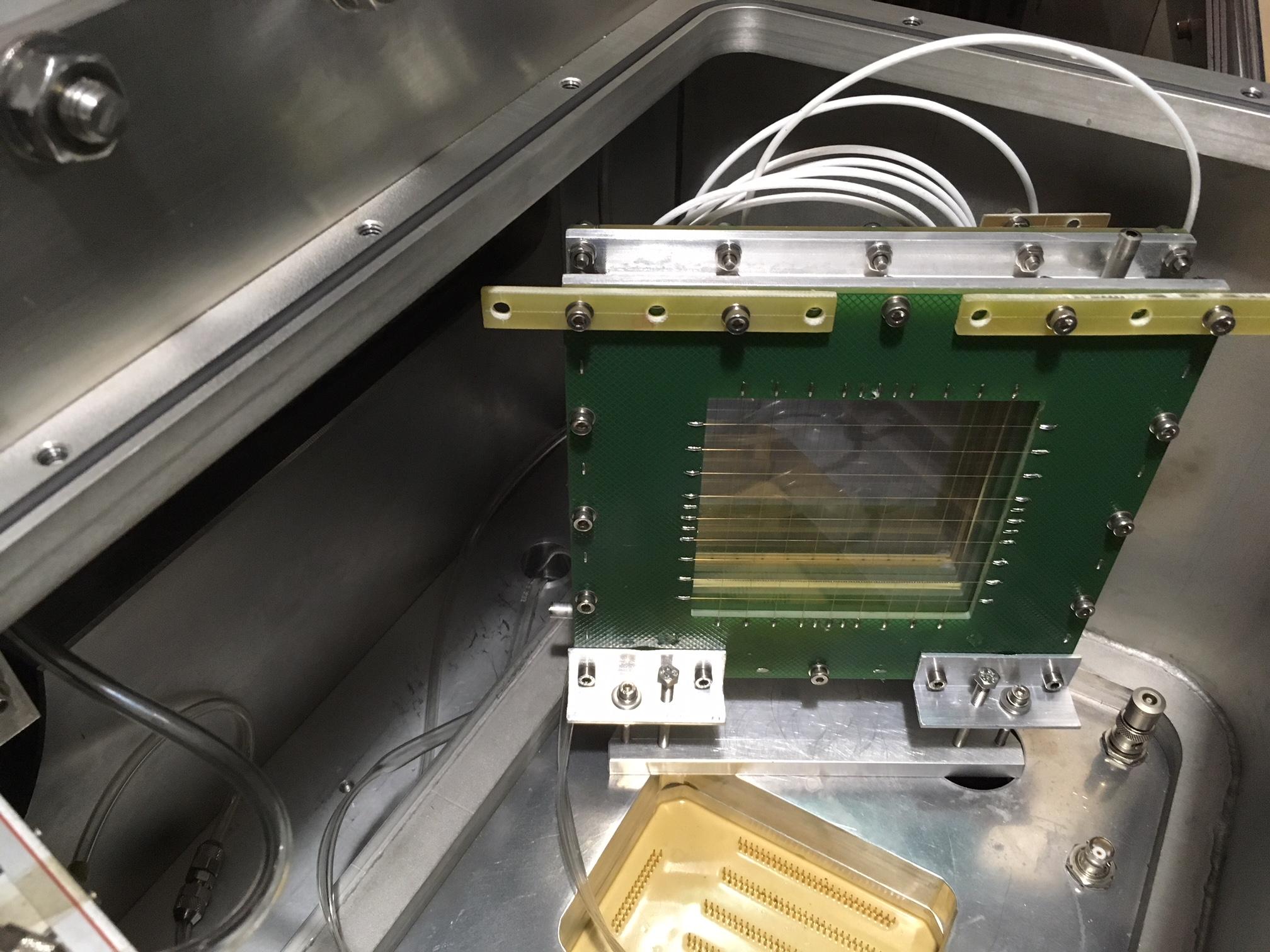 Détecteur complémentaire ajouté au spectromètre VAMOS pour prendre en compte les deux fragments de fission. / Image Christelle Schmitt IPHC